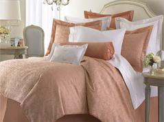 简约床品打造居室轻松愉悦格调