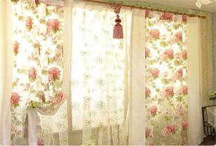 韩式布艺窗帘装扮唯美家居空间