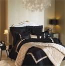 精致床品彰显卧室低调的奢华
