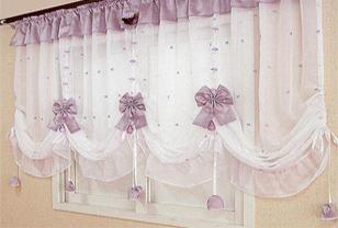 韩式窗帘让家的感觉更甜蜜温馨