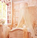 柔美床幔让卧室增添浪漫奢华情调