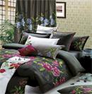 绣花床品营造出低调奢华的卧室风格