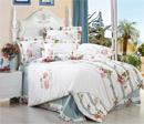 简约素雅床品让卧室更清爽舒适