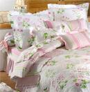 清新典雅床品为卧房带来优雅气息
