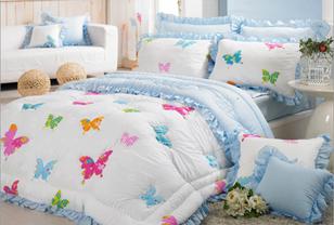 韩式床品营造夏日卧室浪漫氛围