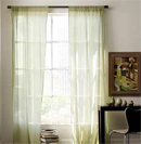 简洁布艺窗帘打造轻盈居室