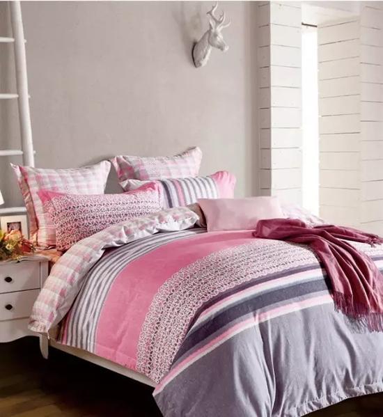 灰色空間床品搭配 色彩裝飾突出美感