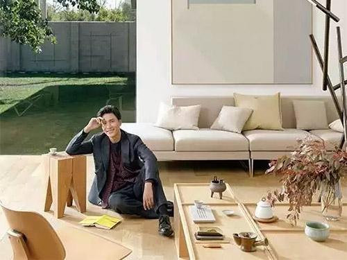 陈坤开了家设计公司,做演员也做设计师