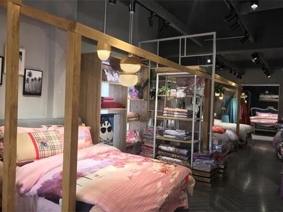 床上用品品牌哪家好 美罗家纺用实力引领家纺时尚