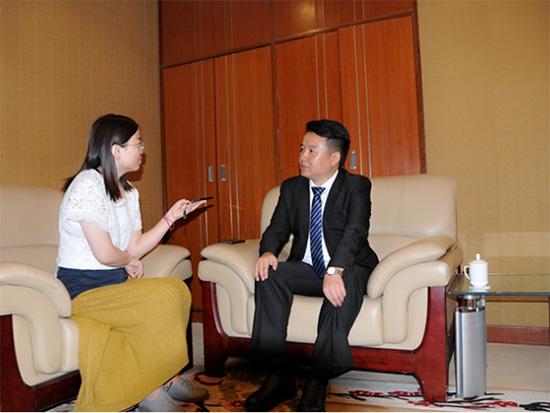 瑞宝壁纸副总裁黄斌:新零售的本质是要提高效率