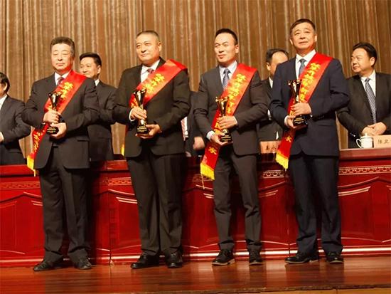紫罗兰董事长陈永兵入选改革开放40年南通民营企业家